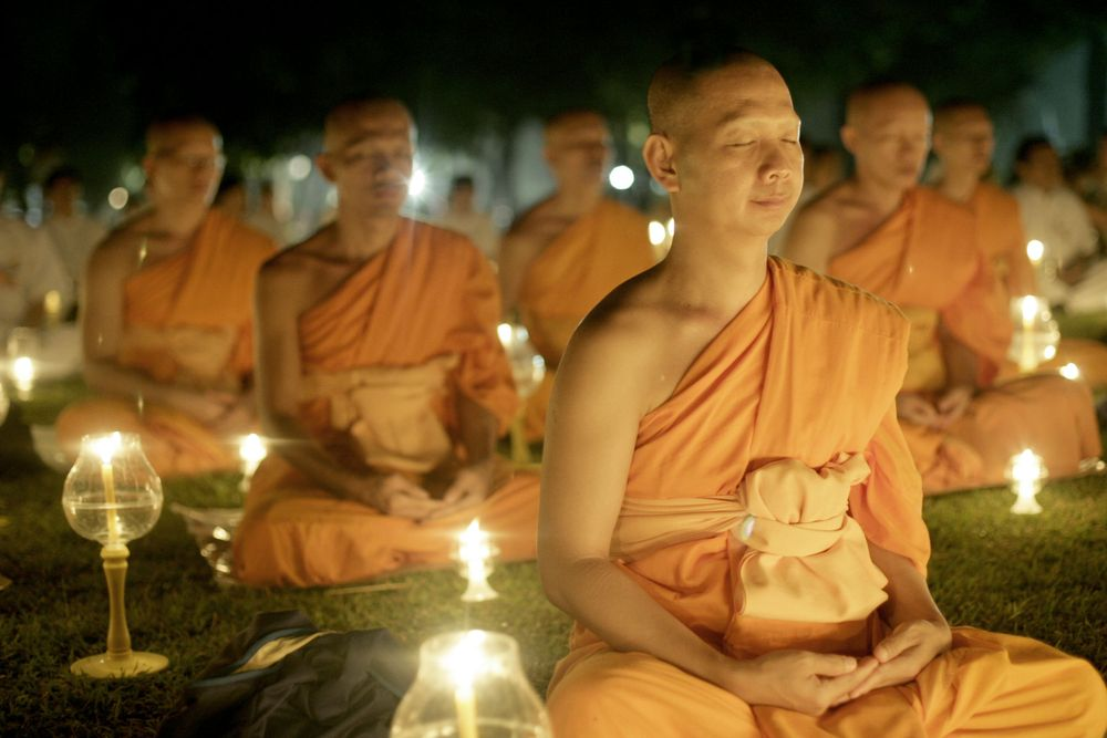 the basic tenets of buddhism Learn the 12 basic tenets of the christian faith, along with all of the scripture verses to back them up.